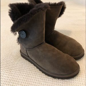 Ugg Classic Bailey Button Boot